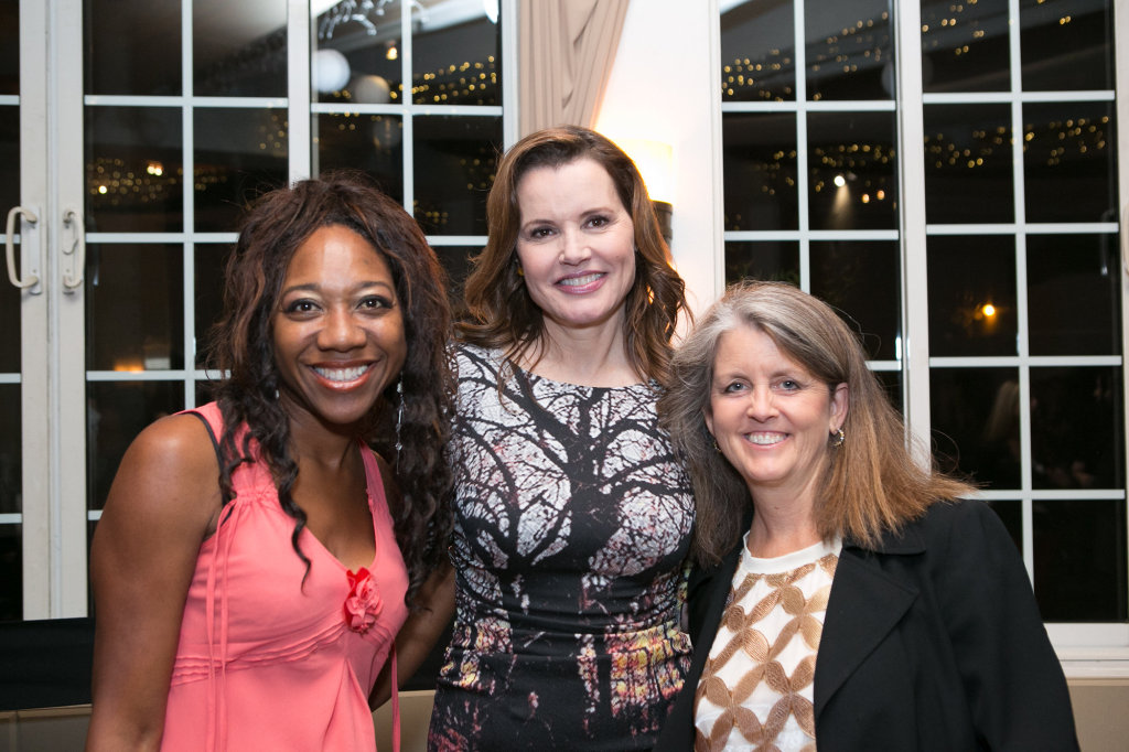 Geena Davis, Tia Walker, Lora O'Connor (The New Founding Family)