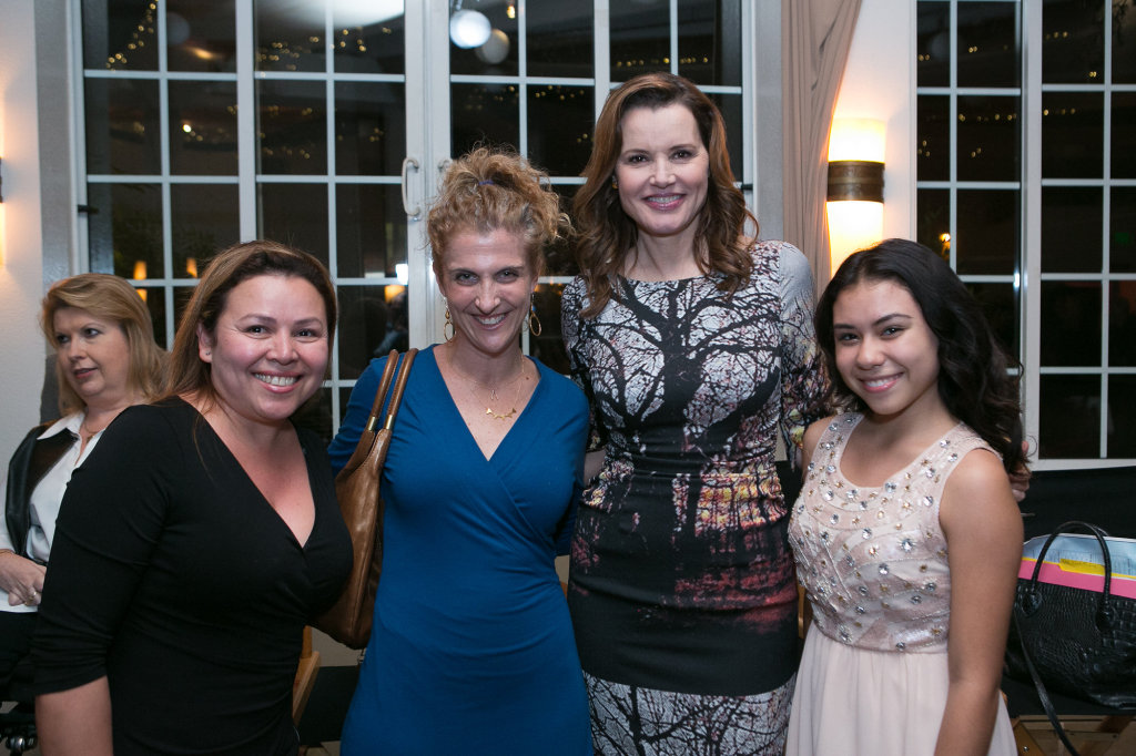 Yolanda Bernal & Jailene Arias (KIDS FIRST!), Geena Davis, Jennie Snyder Urman (Jane the Virgin)