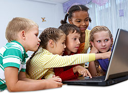 sidebar-kids-with-laptop.
